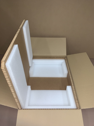 "Picture of Hexacomb Box S1U - Only (inside Dimensions:30.5 x 17.5 x 1.75"")"