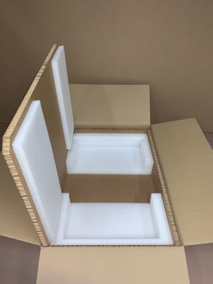 "Picture of Hexacomb Box S3U - inside: 28.5 - 30.5 x 17.5"" x 5.25"""